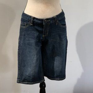 Mossimo Supply Co. Size 7 Bermuda Short Jeans